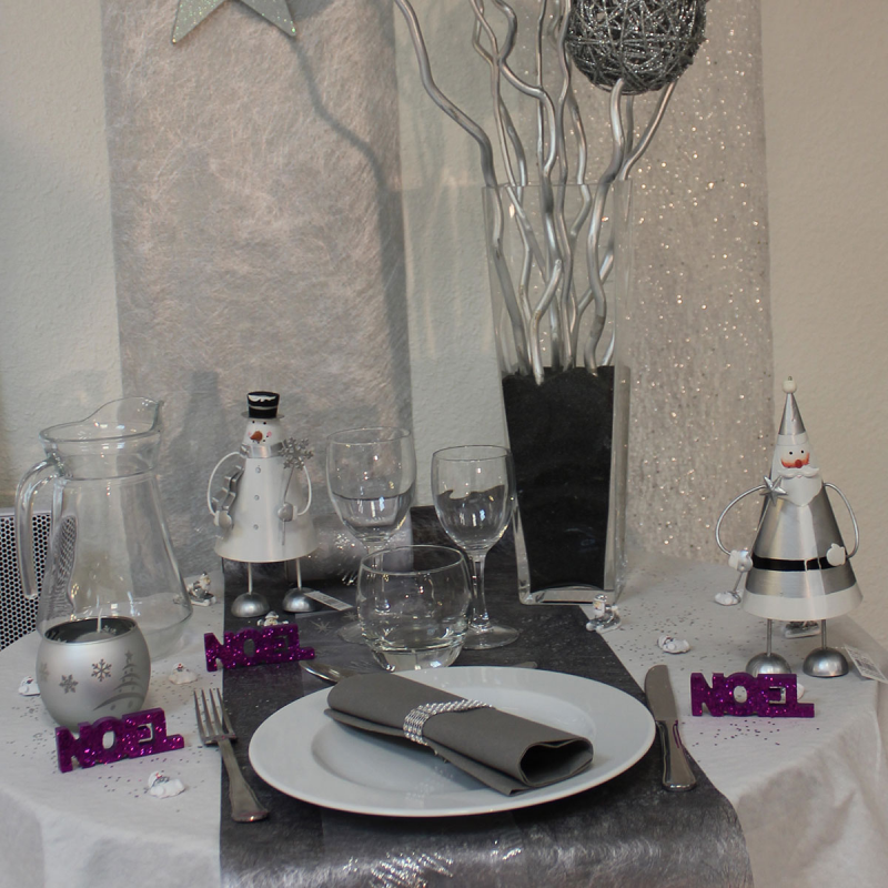 Chemin de table gris anthracite cent pour cent reception for Chemin de table gris